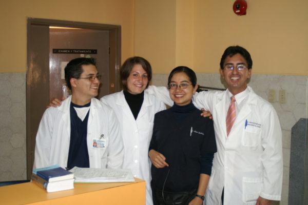 Praktikantin im Medizin Praktikum in Ecuador