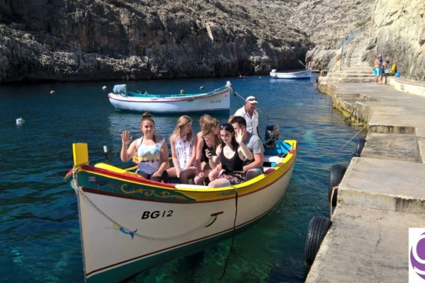 gse-malta-social-programme-students-taking-the-boat-to-the-blue-grotto