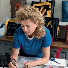 Designerin Fendi Supervision Fashion Design Mini Master