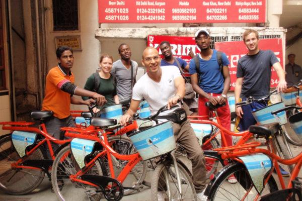 Praktikum Indien Ausflug mit Fahrrädern