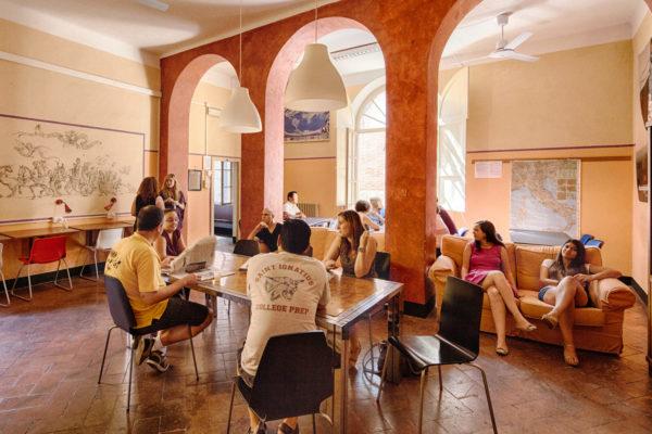 Schulgebäude Siena