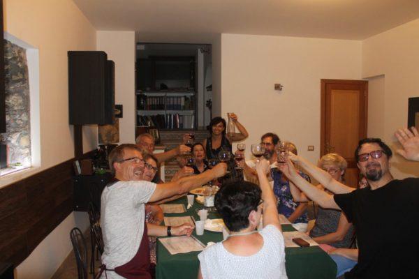 edu-seasons-50-sprachreise-sizilien-gemeinsames-essen