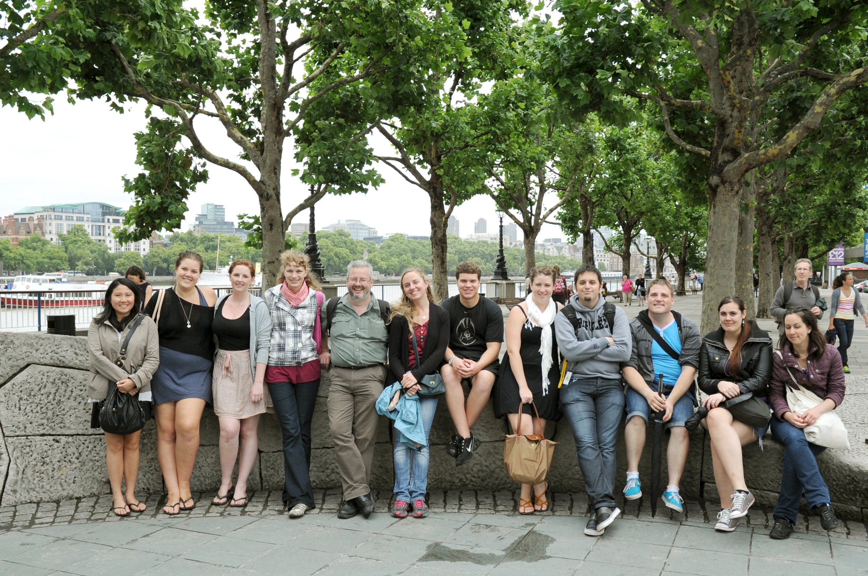 schuelergruppe klassenfahrt london
