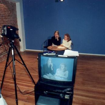 Filmaufnahmen zweier Studenten