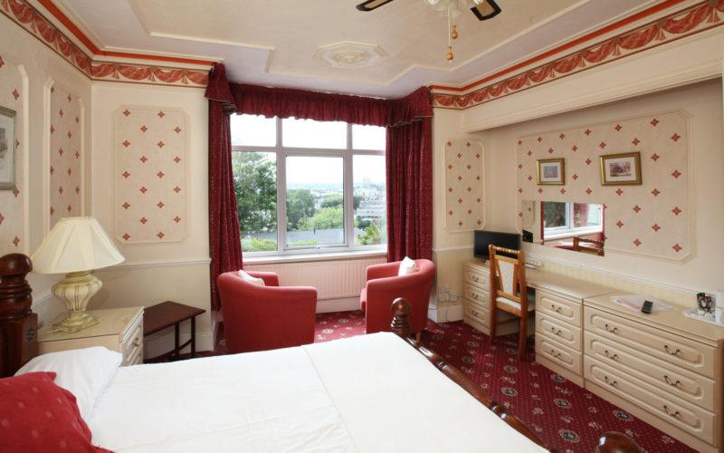 Edu-Seasons Sprachreise Torquay Residence Room