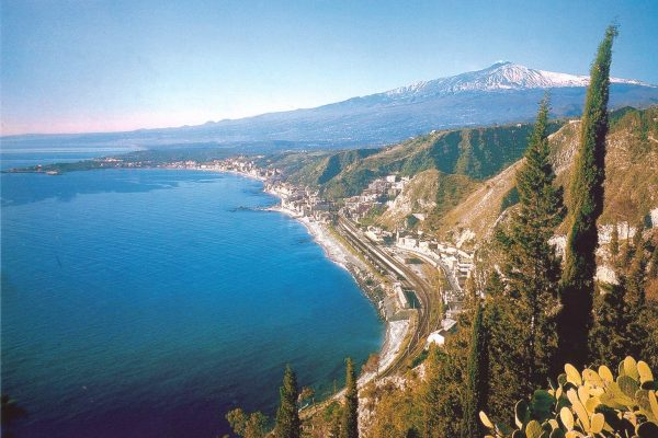 view-from-taormina-down-to-the-bay-of-naxos-and-etna