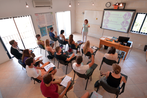 edu-seasons-st-julians-classroom-with-interactive-whiteboard