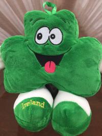 Irland lustiges Kleeblatt aus Plüsch